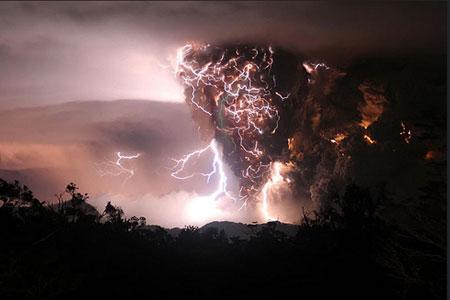 Volcano Lightning